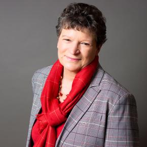 Françoise Lamnabhi-Lagarrigue reçoit le prix Irène Joliot-Curie